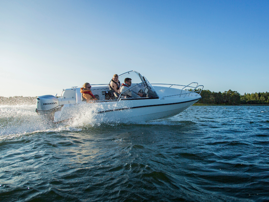 AMT 165 BR Motorboot mit 60 PS Außenborder