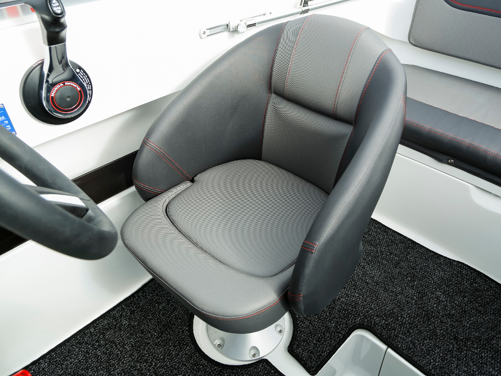 AMT 190 HT Fahrersitz