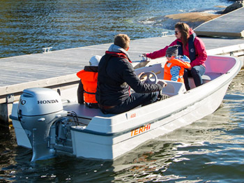 Terhi 440 C Konsolenboot